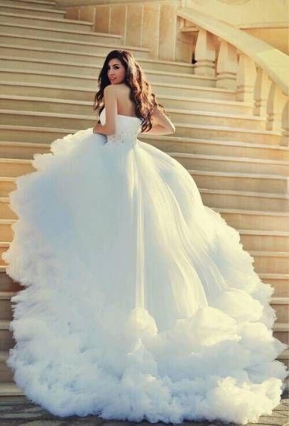 Robe de mariage : 18 robes de mariées tendances à adopter  Astuces de filles