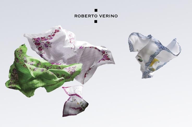 Pañuelos de seda estampados con flores y colibrís