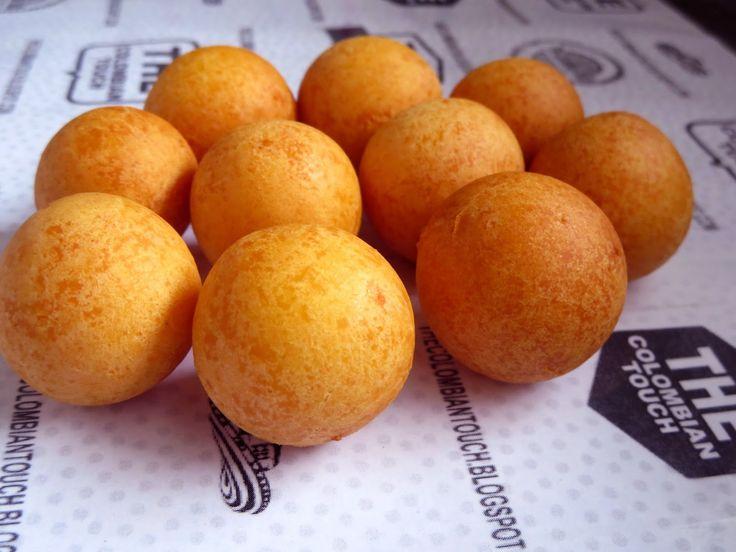 Fruto de sarten colombiano  hecho con fecula de maiz  y mucho queso apto para celiacos.