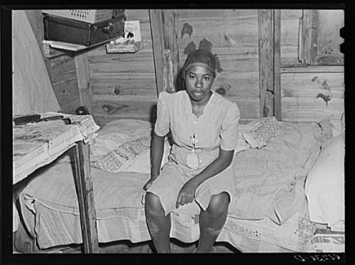Wife of migrant worker in Michican, ca. 1940s photo by John Vachon