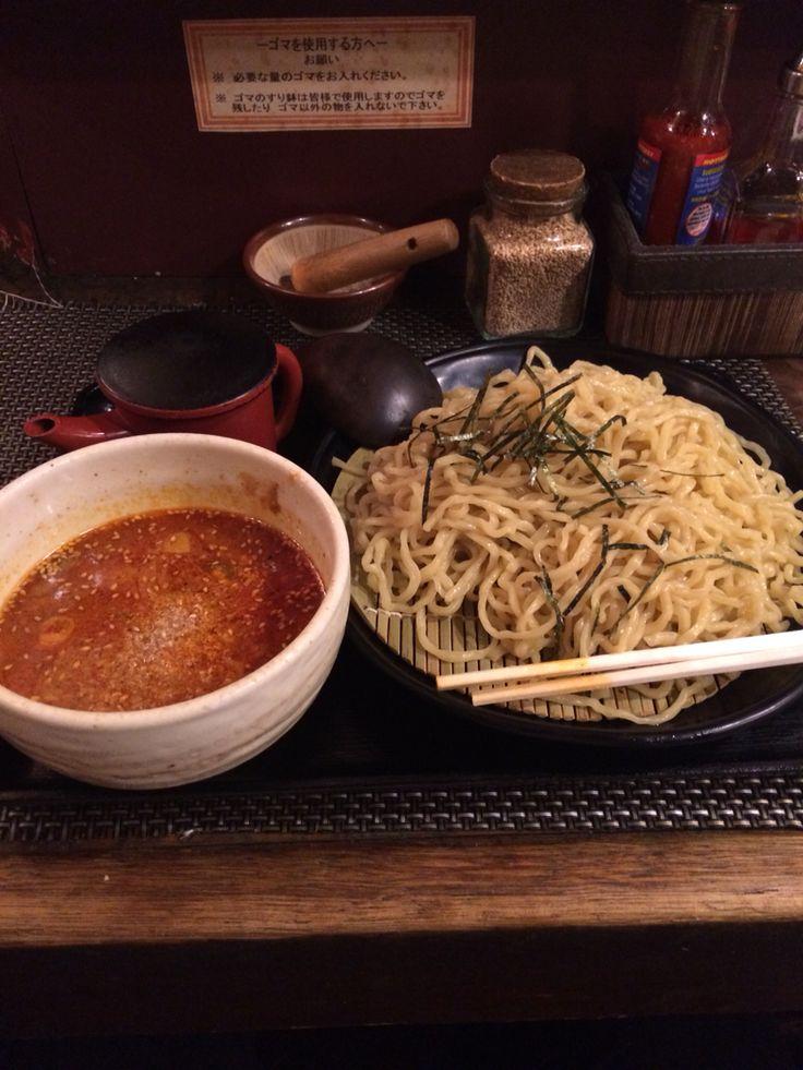 ここのつけ麺は、麺が芳醇な小麦の香りで好き。