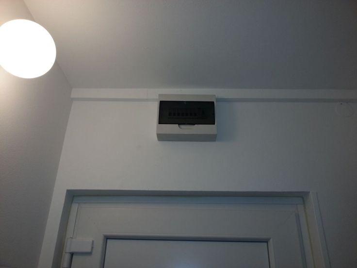 Villanyszerelési munkálatokkal állunk rendelkezésére!  http://www.xn--villany-sz-z4a.hu/