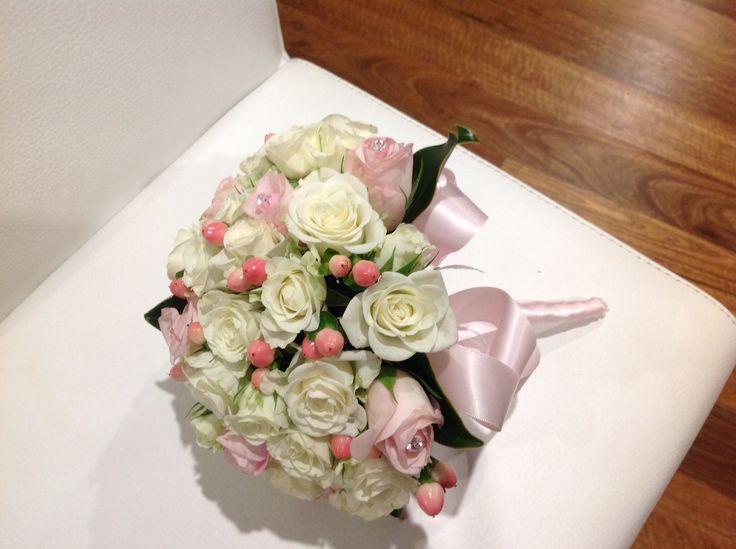 41 best images about Flower displays on Pinterest   Floral ...