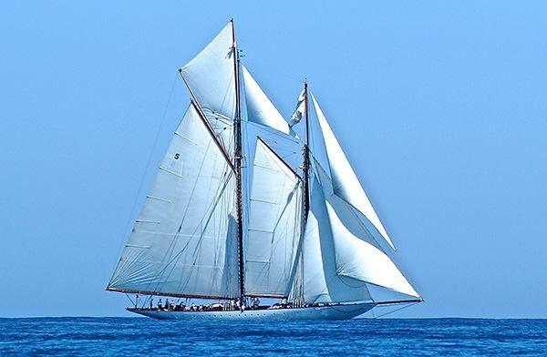 Eleonora www.bateau-vintage.com/blog/focus-voiliers-classiques/eleonora-49-5-m-d-elegance.html