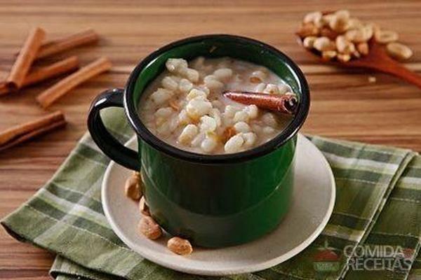 Receita de Canjica com amendoim especial - Comida e Receitas