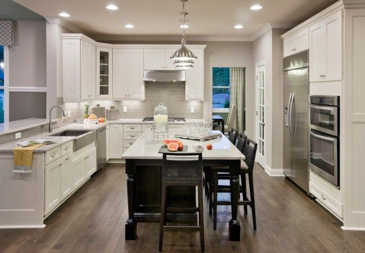 Interesting Dal Tile Layout According To Your Opinion Family And Personal Needs: Fantastic Tile That Looks Like Wood With Kitchen Island Light And Stainless Steel Fixtures Also White Countertop Plus Floor Tile Patterns With White Wall Color For Traditional Kitchen ~ franklester.com Interior Design Inspiration