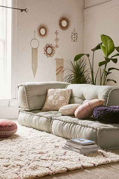 This is what I want to put on our pallet base for a sofa. I loooove this. I could definitely make this, or if we're saving tons of money on all the other crap I'm making we could just buy these.