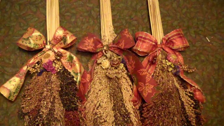 A broom corn swag will last for many years as broom corn dries very easily. They make lovely autumn decorations.