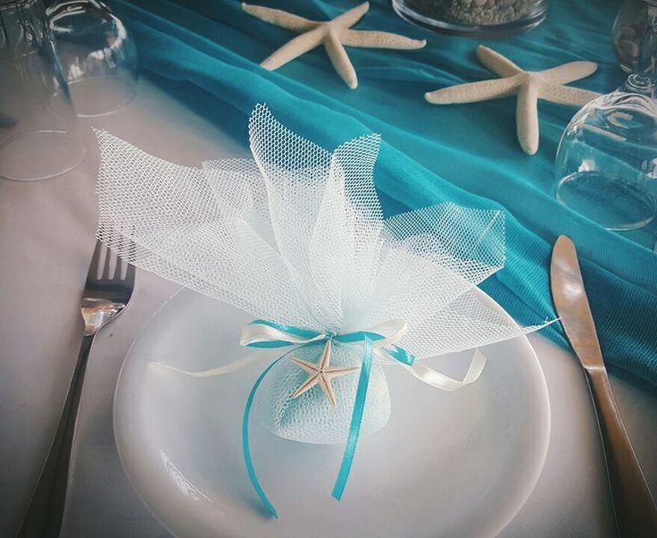 Beach theme wedding favours with sugared almonds   bonbonieres me koufetta   starfish wedding favors