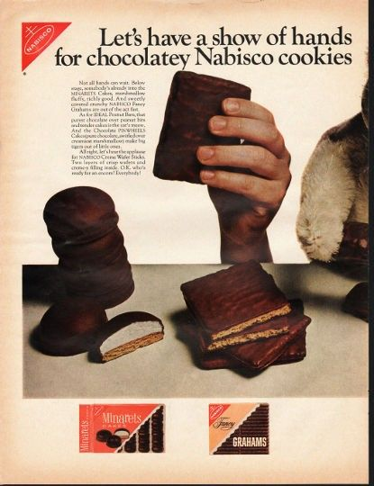 """1966 NABISCO COOKIES vintage magazine advertisement """"show of hands"""" ~ Let's have a show of hands for chocolatey Nabisco cookies - Not all hands can wait. Below stage, somebody's already into the MINARETS Cakes, marshmallow fluffy, richly good. And ..."""