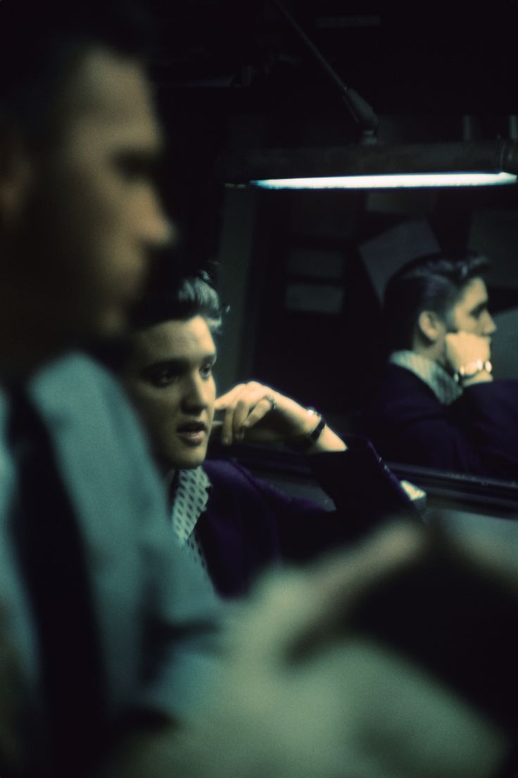 Presley photographer Alfred Wertheimer shares these rare snapshots of the legend  Read more: http://www.rollingstone.com/music/pictures/elvis-presley-photos-barbara-gray-new-york-richmond-20141010#ixzz3G24nY6wj Follow us: @rollingstone on Twitter | RollingStone on Facebook