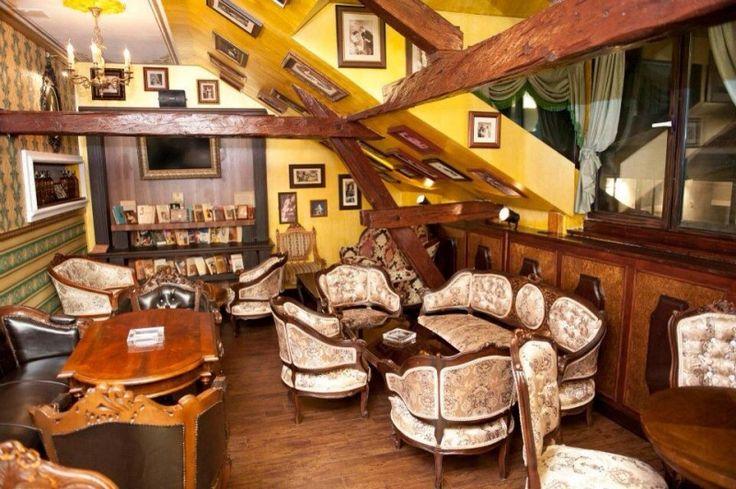 Bibliotheque Pub