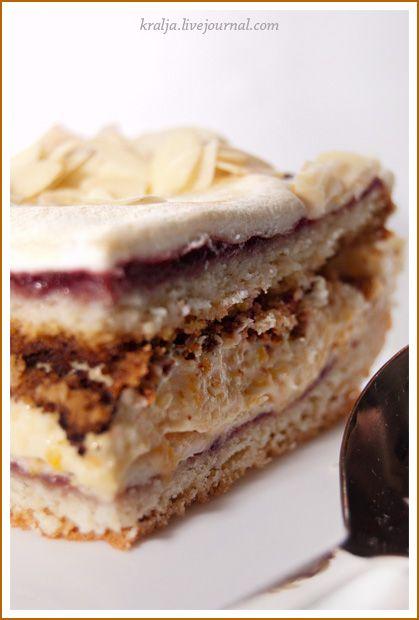 Торт с кремом из кураги и безешной прослойкой