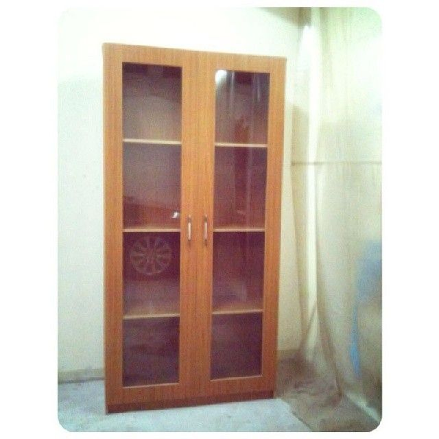 For Sale Wood Kabenit Files 2 Door Glass Price 25 Bd للبيع خزانة ملفات خشب بحالة جدا ممتازة السعر 25 Bd Tel 33770050 China Cabinet Decor Home Decor