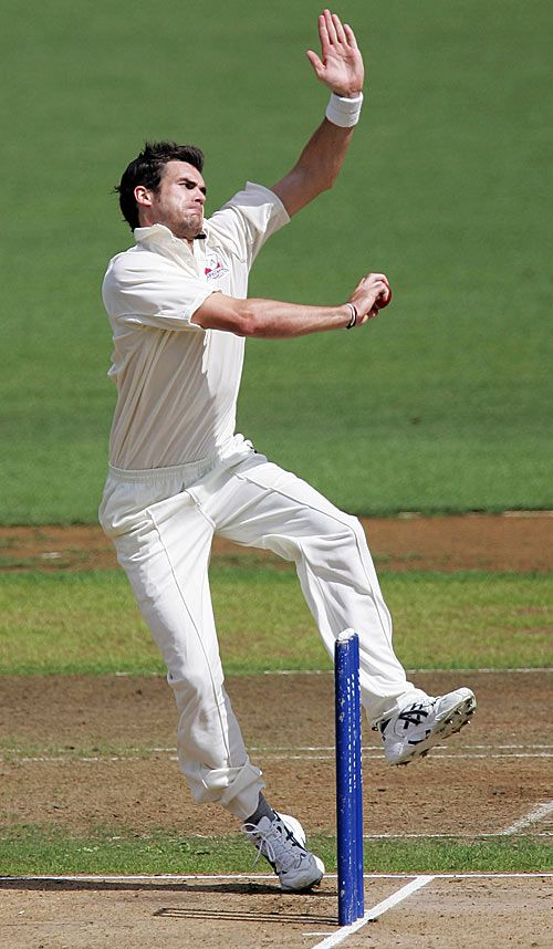 Cricinfo Photos - James Anderson reaches his delivery stride for Auckland, Auckland v Wellington, State Championship, Eden Park, March 7, 2008.