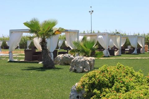 Le Cinque Vele relaxing area during a great excursion in Interesting Puglia