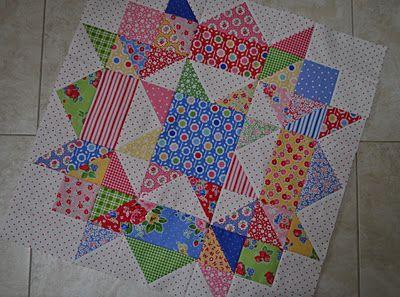 Swoon block: Scrap Quilts, Quilts Patterns, Scrappy Swoon, Quilts Blocks, Swoon Blocks, Swoon Quilts, Spiderweb Scraptacular, Quilts Swoon, Bitsy Scrap