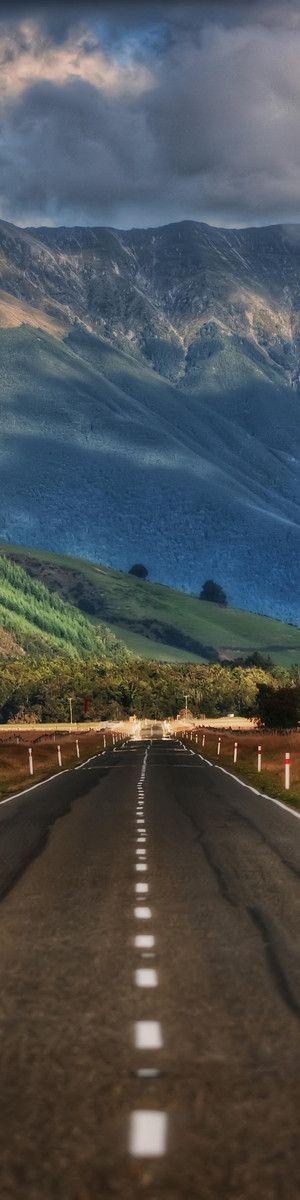 The Long Road - New Zealand Photo:www.stuckincustoms.com