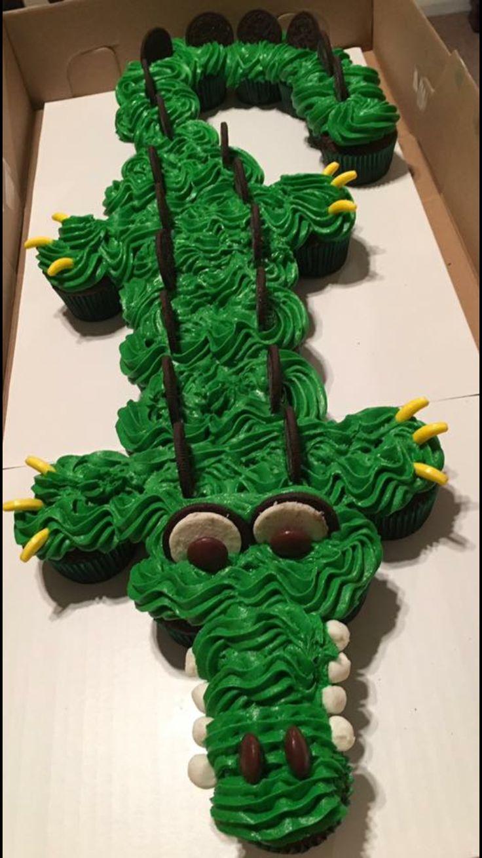 Crocodile cupcake cake
