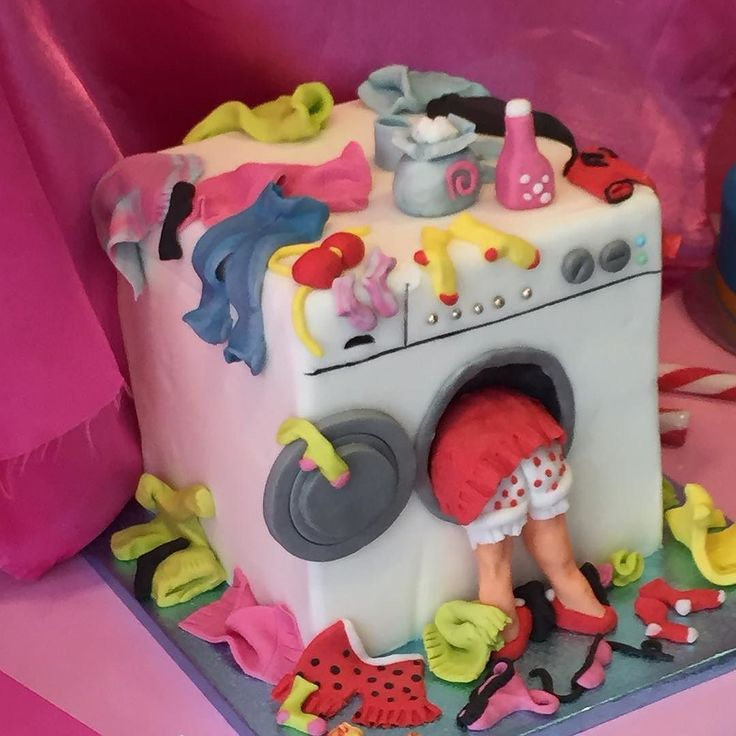 Missing cakes now the British bake off is finished ? Here's a non British washing machine cake we spotted on travels #baking #cake by chrisbrothwood