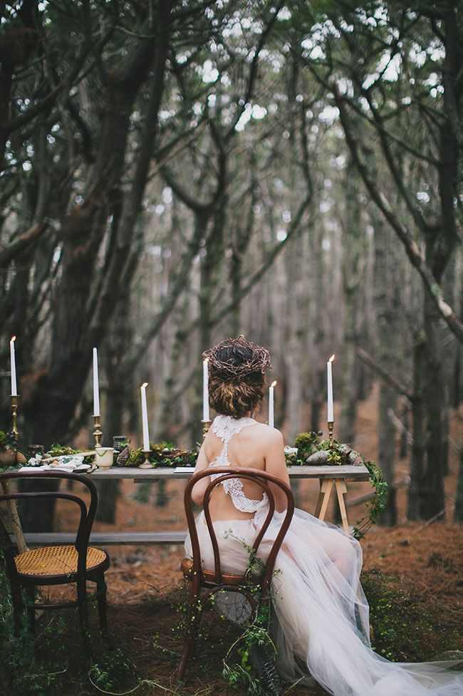 Telling a story of a mythical and magical world, inspired by classical music and tales of spellbinding adventures, this spirited wedding inspiration takes enchanting forest to a whole new level and can I just say, I'm feeling pretty chuffed to have been p