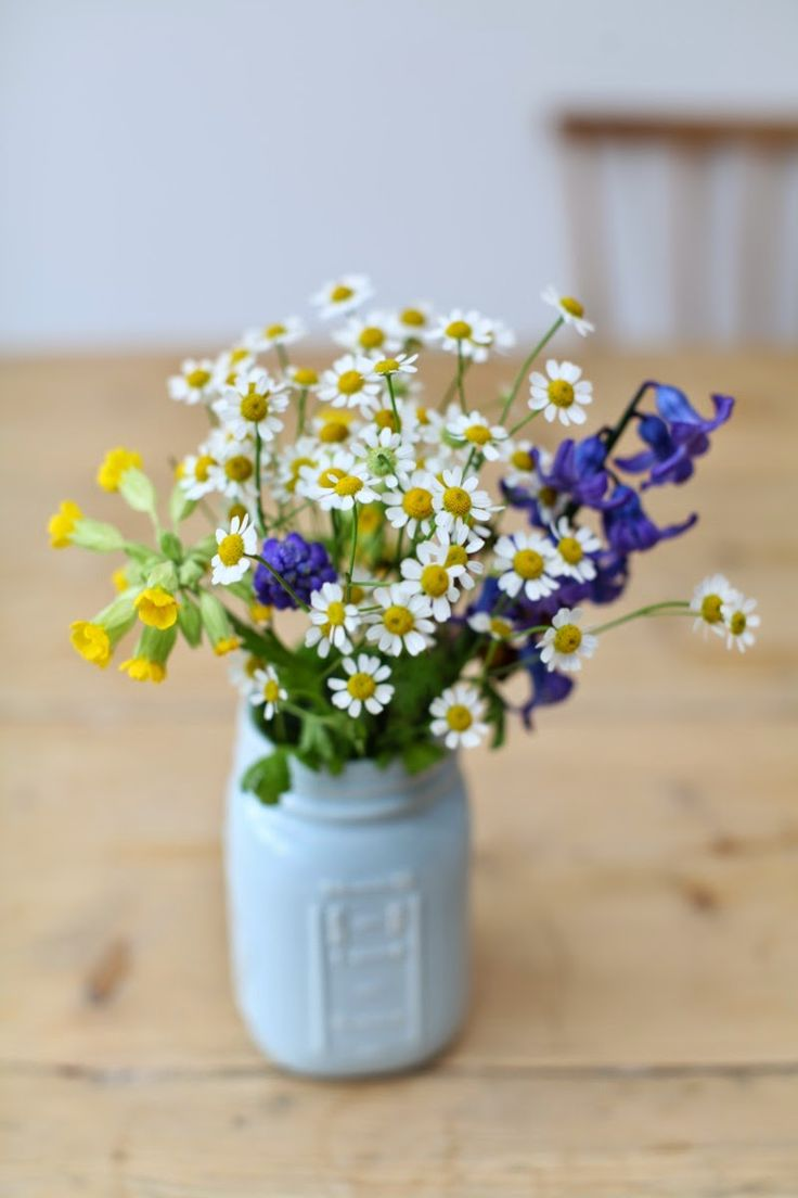 interior, painted jar, wild flowers, daisy, bluebell, cowslip, nature, beauty, flowers, bouquet