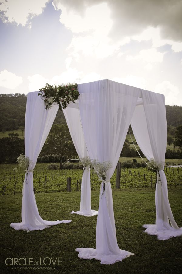 brisbane wedding stylist, brisbane wedding arch hire