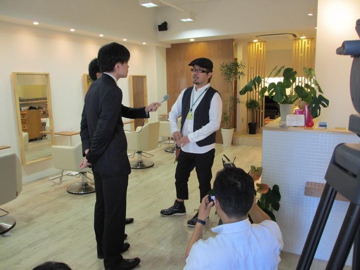 就活生向けPV  「What's 大阪貯蓄信用組合」  お客様へのインタビューシーン