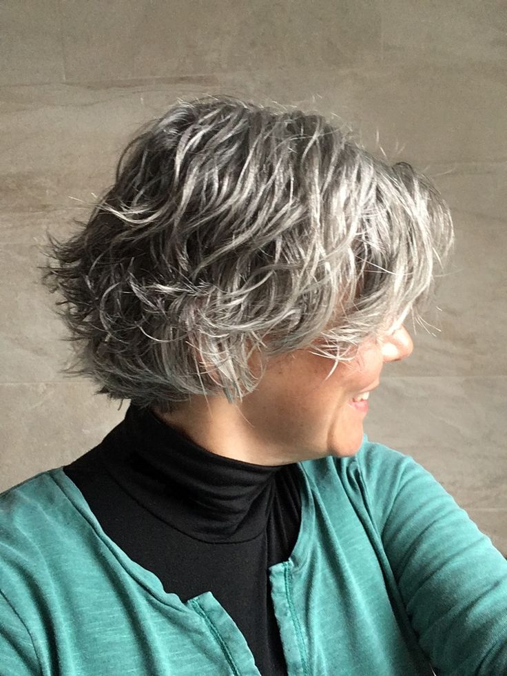 Waves are coming back now that I've got a bit more length! #curlysilver