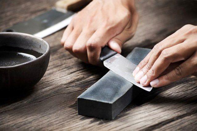 Как наточить кухонные ножи абразивным бруском