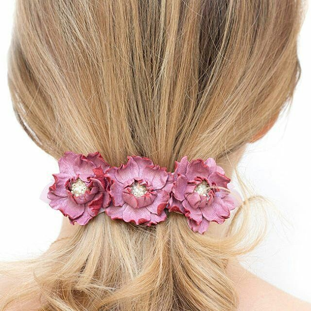 Getting ready for Spring with this pink french barrette! 🌺🌸 Isn't it lovely? 😊 Find in @katrinshine's shop💛www.katrinshine.etsy.com  #hairbarrette #frenchbarrette #leatherjewelry #leathereaccessory #jewelryoftheday #hairaccessory #hairclips #statementhair #handmadejewelry #jewelrygram #instajewelry #jewelryforsale #hairfashion #hairstyle #friyay #fashionphotography #hellofriday #smallbiz #mycreativebiz #makersgonnamake #hellosmallshop #creativelifehappylife #handsandustle #tnchustler…