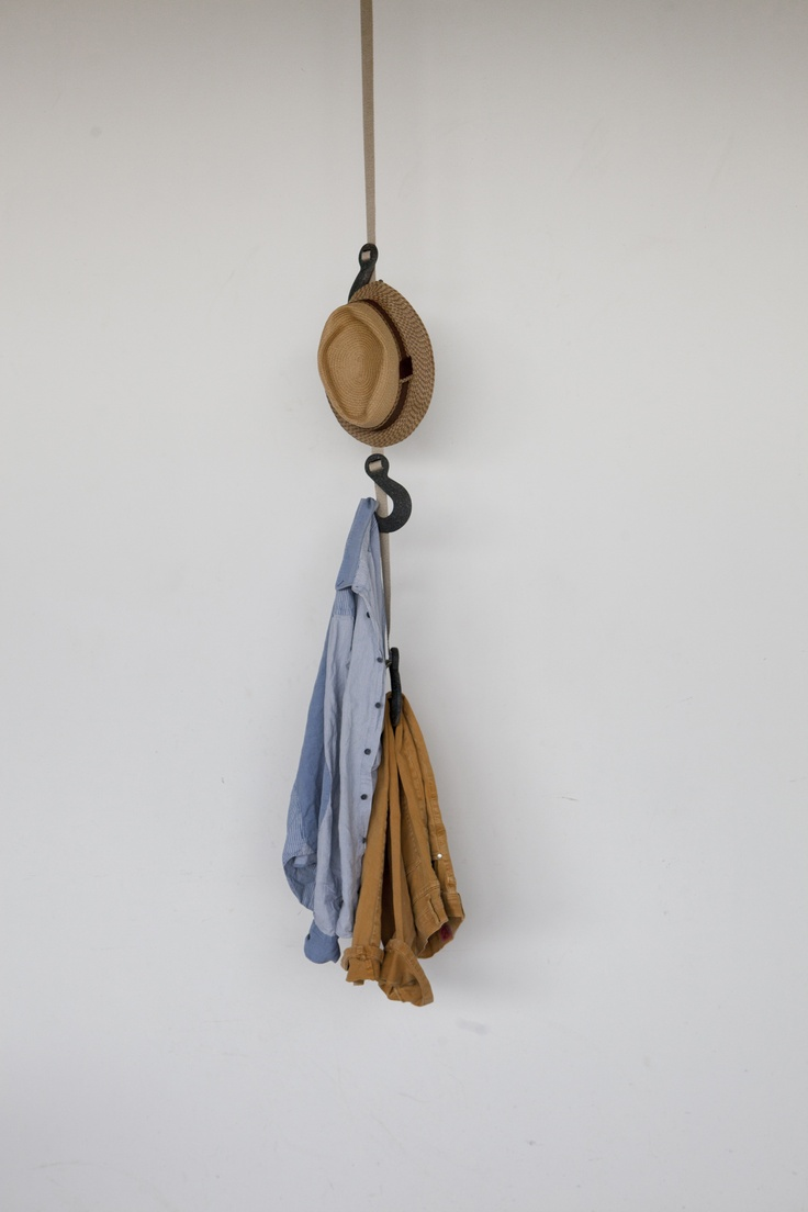 Plastic ornament hangers - Hang Your Hat On Hooks Grapple Hanging
