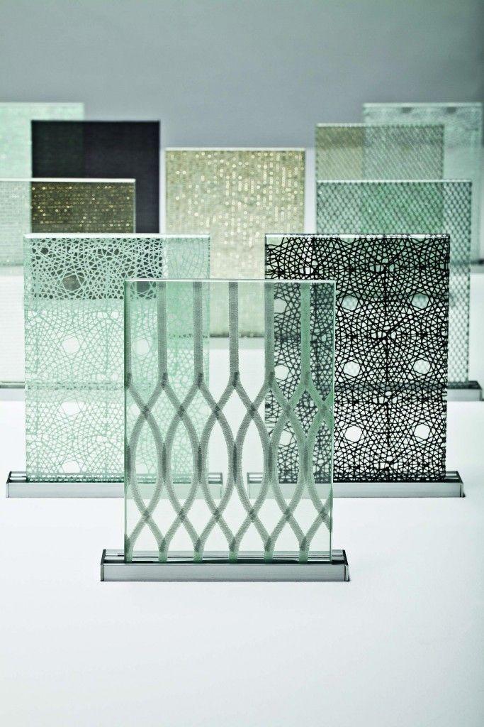 Tex Glass (textile et verre sous forme de panneaux laminés) l'entreprise Nya Nordisca a conçu une collection de 23 panneaux.