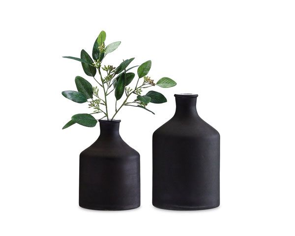 Vases Black, Madam Stolz.