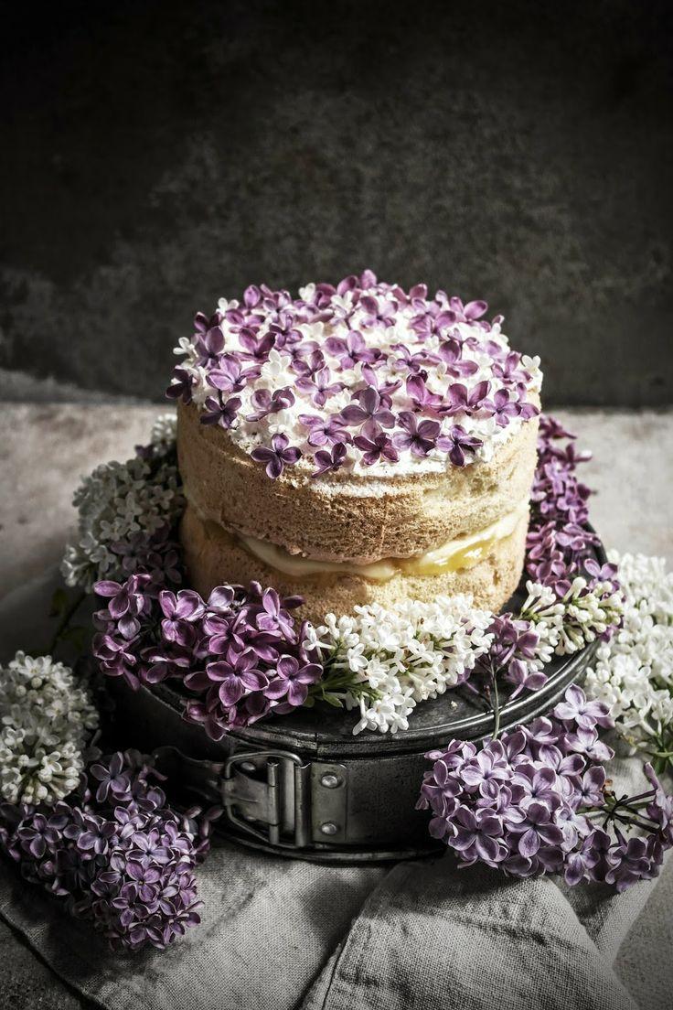 Lilac and lemon cake