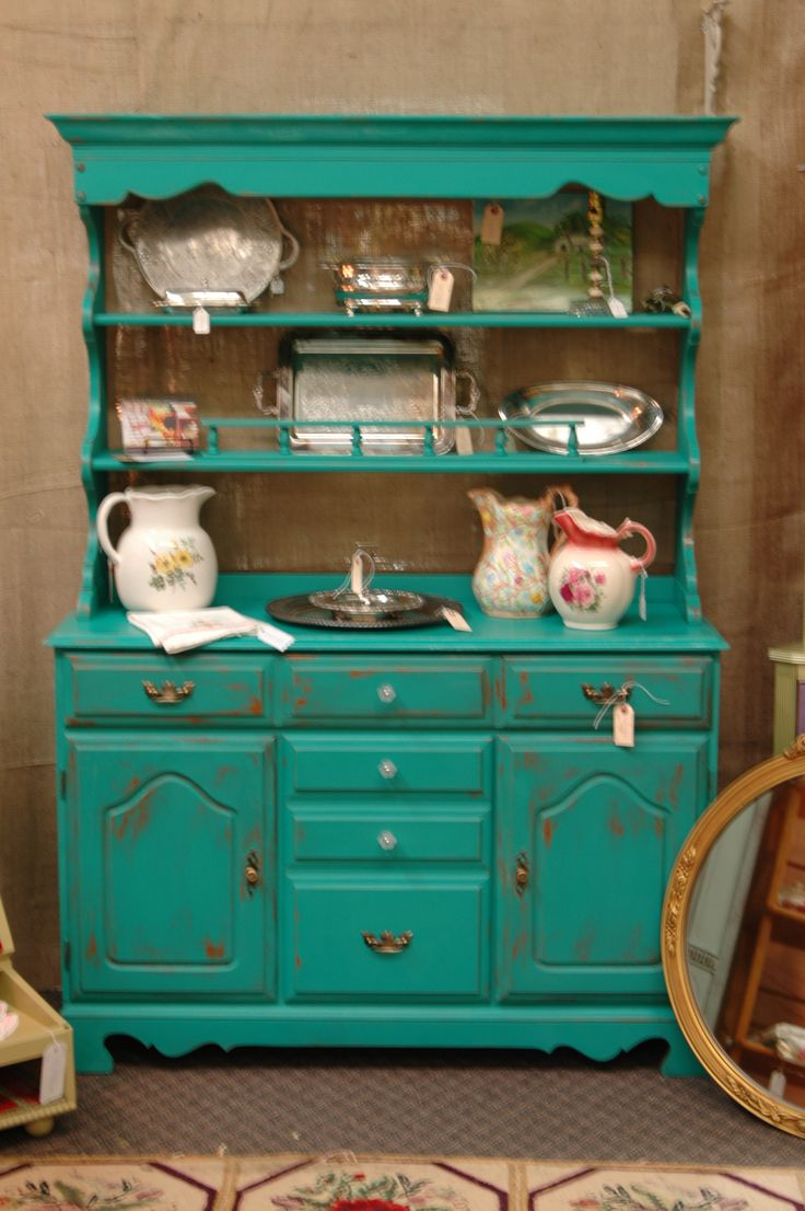 Beautiful in Florence Chalk Paint® by Deb Bosworth of the Dandelion House.