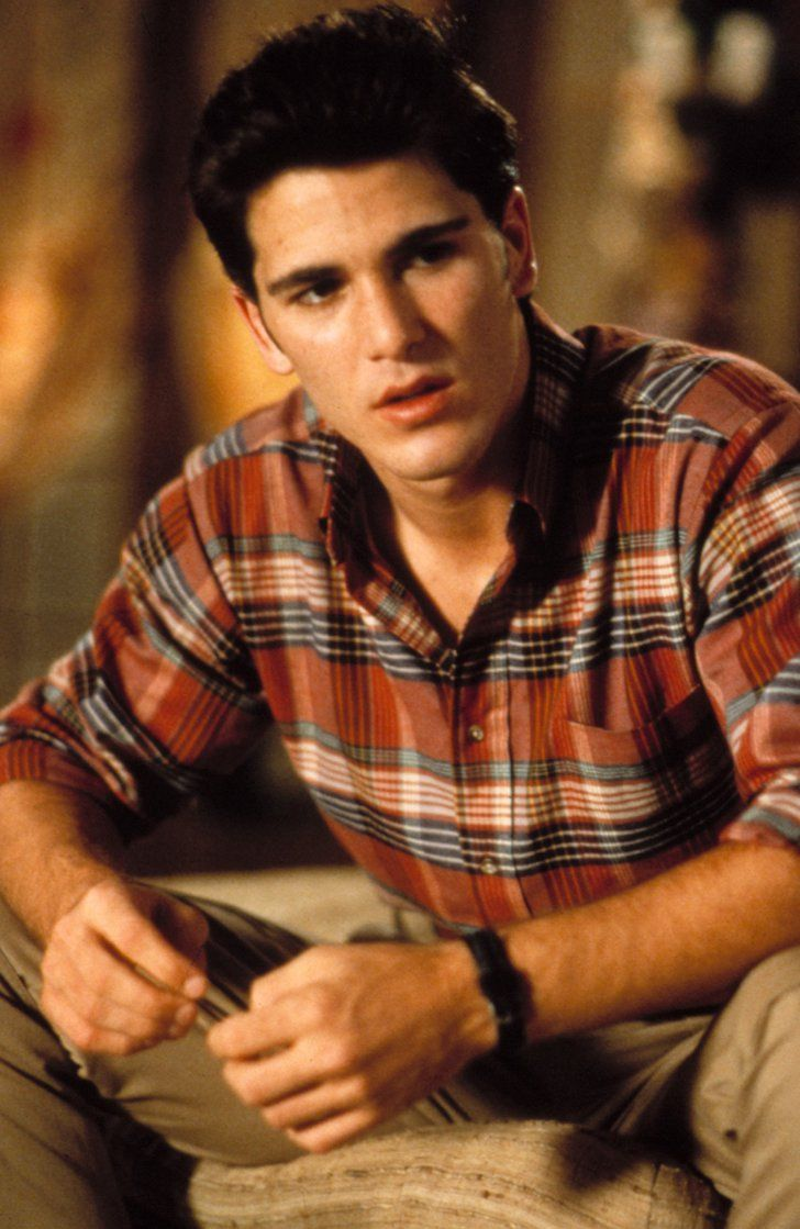 Pin for Later: 5 Cool Guys From '80s Movies Who Steve From Stranger Things Reminds You Of Jake From Sixteen Candles Cool kid pining for the outsider girl? That's so Jake (Michael Schoeffling).