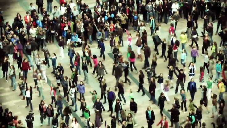how to organize a flash mob dance