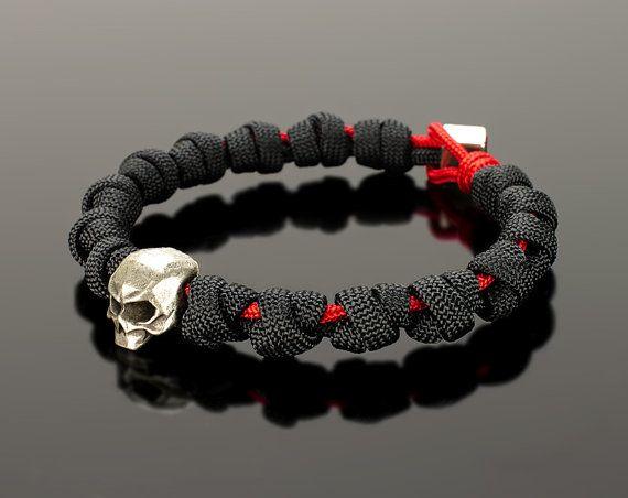 Tête de mort paracord  bracelet en paracorde crâne tête par GATURA