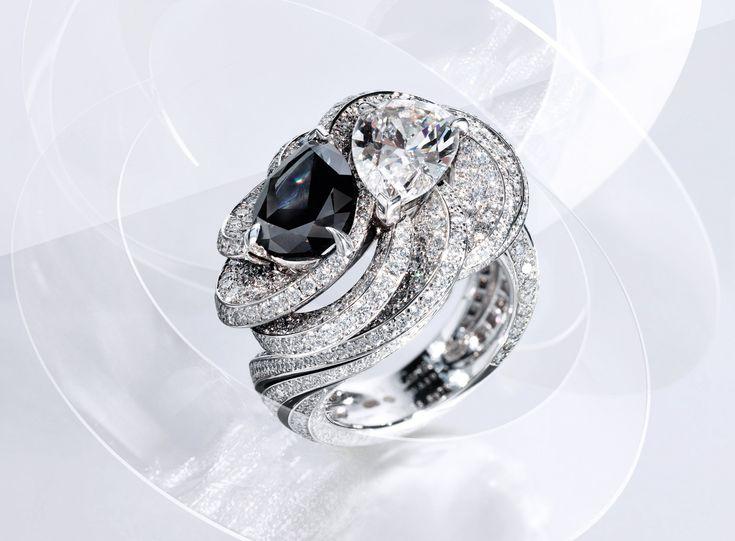 RésonancesdeCartier diamond ring