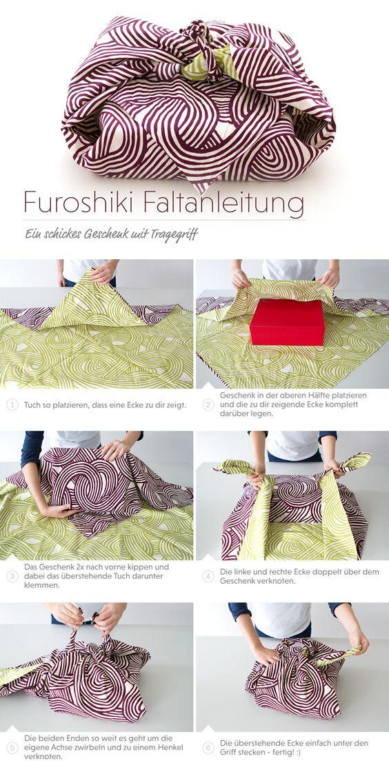 Nicht nur als Geschenk hervorragend geeignet. Du kannst auch deine Bücher auf diese Weise einpacken und durch den praktischen Tragegriff überall mit hin nehmen.  #Furoshiki #FuroshikiTuch #Furoshikikaufen #FuroshikiTasche #Verpackungsideen #DIY #Geschenkeumweltfreundlichverpacken #Oryoki #OryokiShop #Japanshop #GeschenkmitTragegriff #FuroshikimitTragegriff #Tutorial #FuroshikiTutorial #FuroshikiWrapping