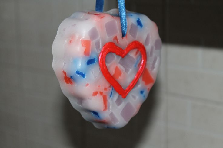 https://flic.kr/p/DyPz8c | MARBLE HEART TO HANG – MADE OF WAX | Marble – cobalt blue, bright red, white and wisteria colours – heart to hang. It's made of wax; 100% natural essential oil with peppermint fragrance. It has milled sides and it's decorated with some freehand details in 3D. It's adorned with a dark blue ribbon. It's suitable for all rooms and events. Size: 100 x 90 mm.  Handmade.  Read more:   www.ilmiomondoincera.com