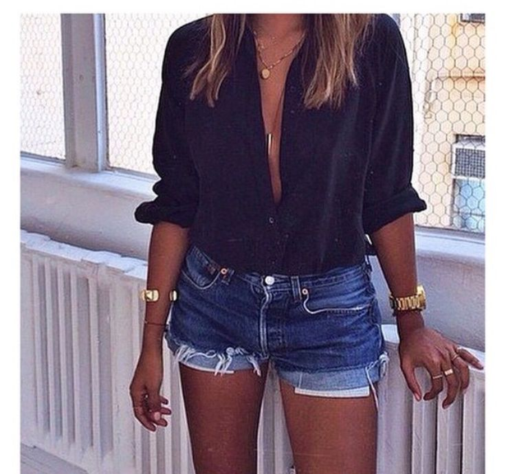 Sexy casual look