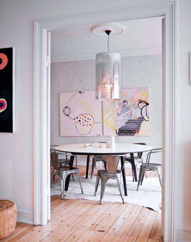 smukt designet rundt spisebordssæt