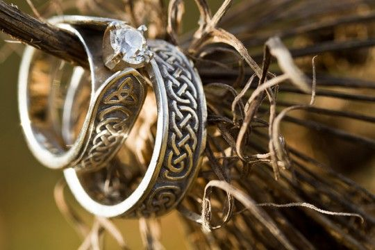 I wish I had seen something like this before my wedding.  Love these rings!