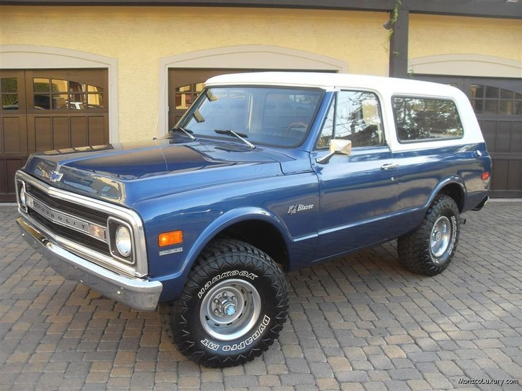 1970 Chevy K5 Blazer:Yes, I love this.  Yes, I am very much female.