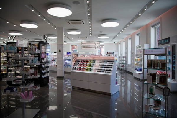 How To Spend A Lunch Hour: Walgreens New Beauty Boutique #Refinery29