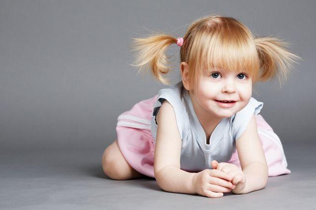 Μωρό 18 μηνών, φυσιολογική ανάπτυξη: Κινητικότητα, κοινωνικότητα, αντίληψη, ακοή, ομιλία
