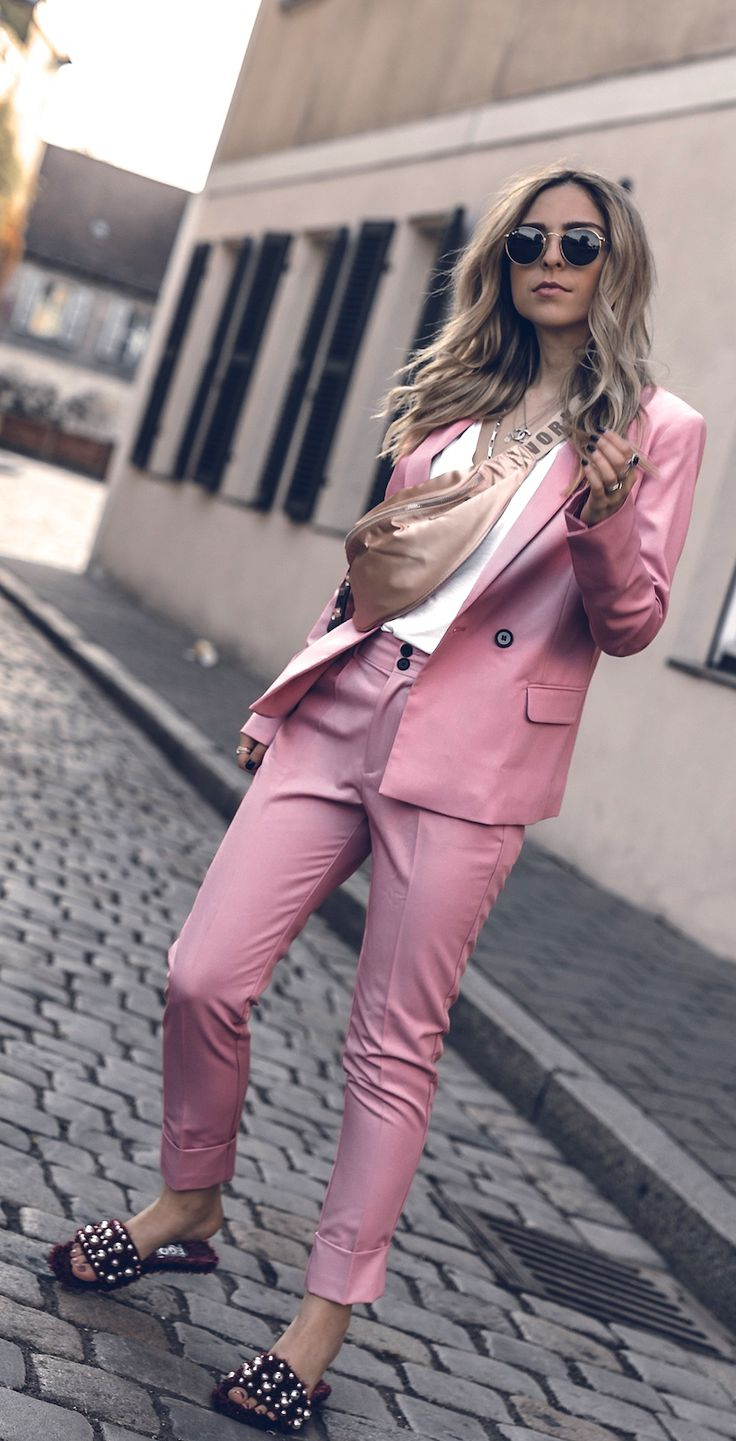 How to style a pastel Spring Suit