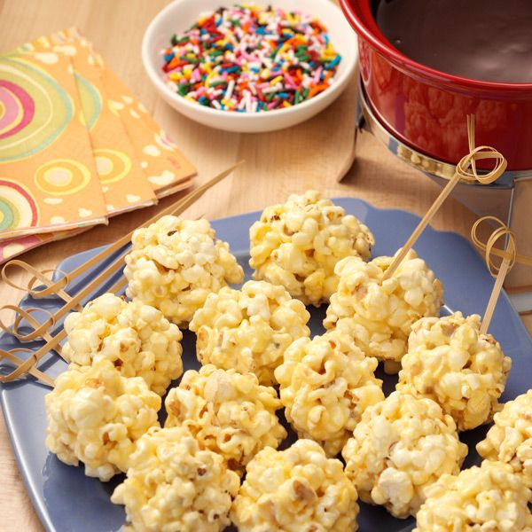 Mini Popcorn Balls with Chocolate 'Fondue': Delicious little popcorn balls perfect for dipping into chocolate